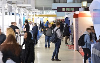 Attention Grabbers: How to Make Your Trade Show Exhibit Start Conversations